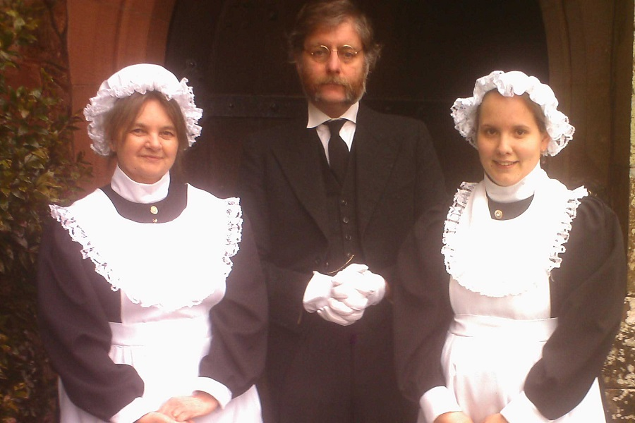Christmas Victorian Tours for Schools