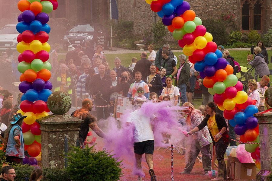 Special Events at Muncaster - Colour Run for Hospice At Home